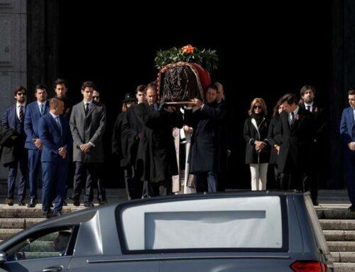 A exhumación de Primo de Rivera provoca un espectacular aumento de visitas de nostálxicos ao Val dos Caídos